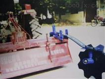 機械加梁器