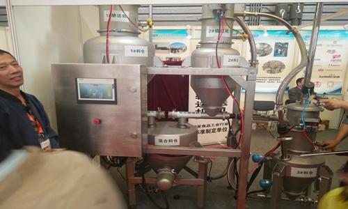 加强设计合理化 稳步推进国产真空上料机的使用